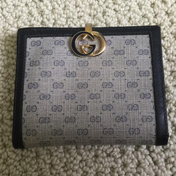 Gucci Handbags - Gucci Wallet, vintage, pristine inside